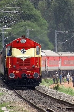 India Trains IRCTC People Travelling Rajdhani Indian Railways Indian People