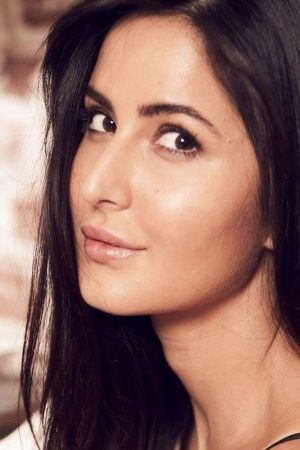 Katrina Kaif Gets Booed By Salman Fans In The US Her Dignified Response Is Winning Us Over
