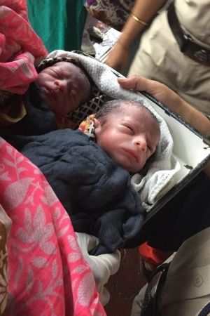 Mumbai Cops Help Woman Passenger Deliver Twins In Train