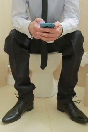 Mumbai Teen Stuck in toilet