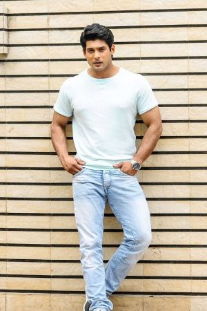 Siddharth Shukla Arrested For Rash Driving Accident