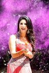 Sunny Leone Set To Premiere Karenjit Kaur Despite Objection