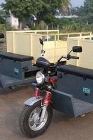 India Hyderabad Pollution People Telangana Garbage Bikes Autos