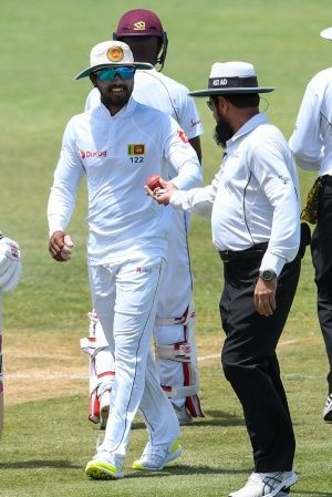 Sri Lankan Players Refuse To Take The Field Due To Ball Tampering