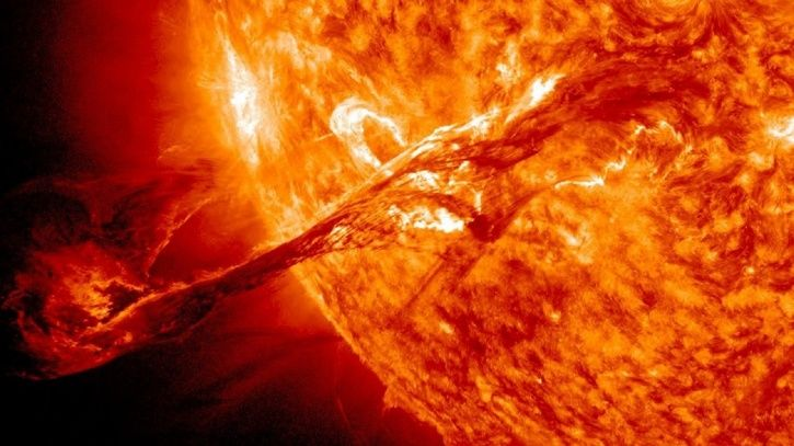 famousnews </span></p> <p>  A solar system is expected to hit Earth on Sunday (6 May 201<div class=