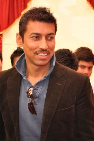 Rajyavardhan Rathore did 10 pushups in office
