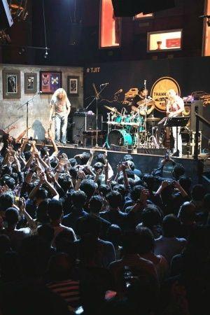 India Worli Mumbai Hard Rock Cafe Worli Andheri JSM corporation shuts down