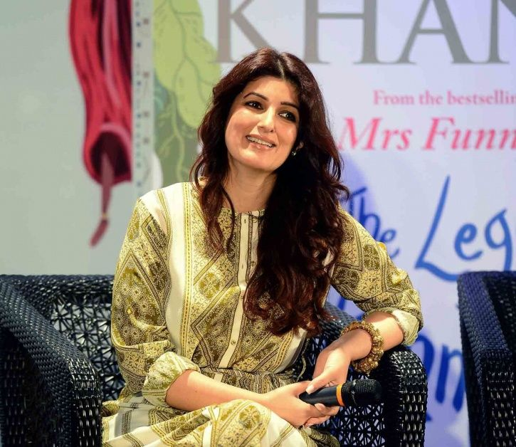 A picture of Twinkle Khanna who wants to ban all her films so that nobody can watch them.