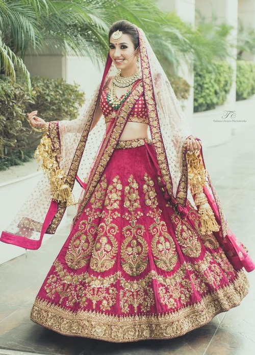 Bridezz Villa They Are The Pioneers In City For Bridal Wear On Rent And Have A Popular Website Lehengaonrentin Running All Your Dreamy