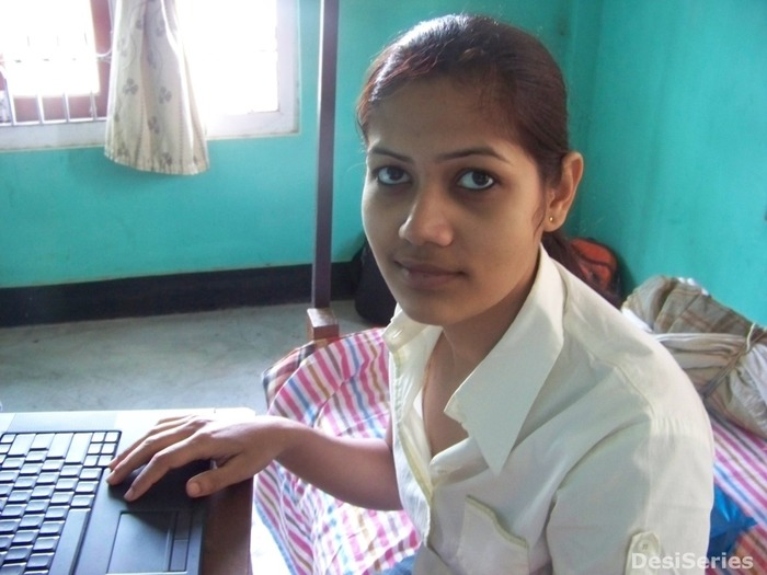 Indian Desi Woman - Indiatimescom