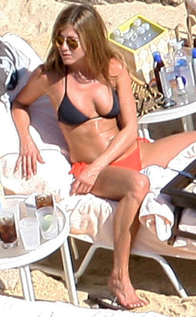 Jennifer Aniston S Hot Photos Indiatimes Com