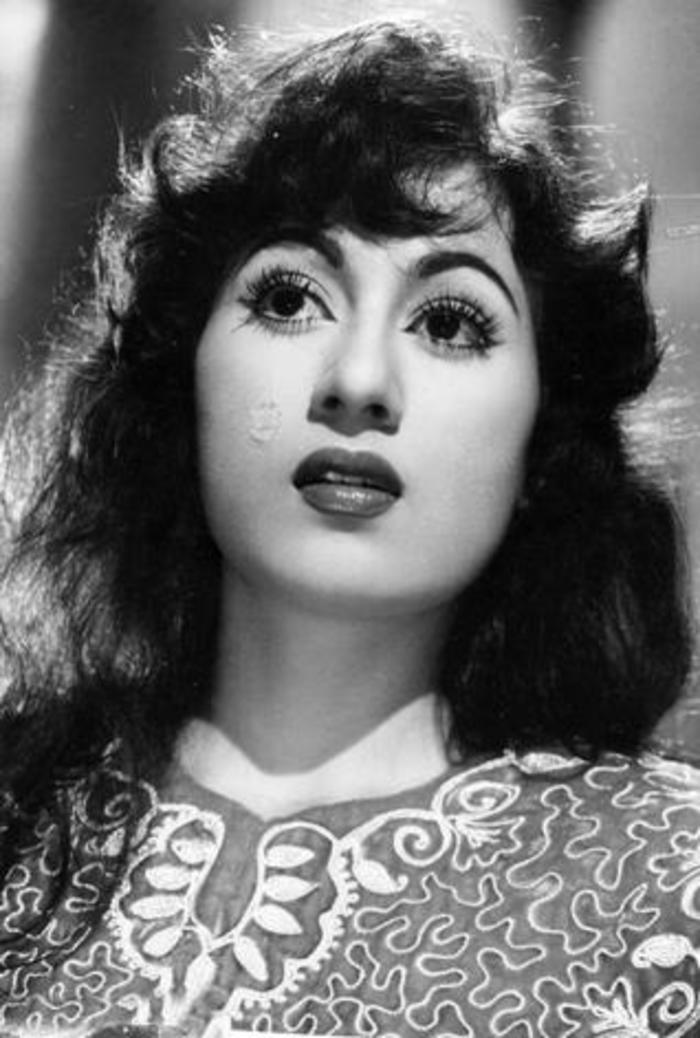 Madhubala Bollywood Actress-Regarder Et Tlcharger-1888