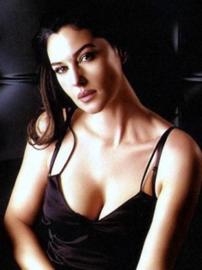 Hot Monica Bellucia Indiatimes Com