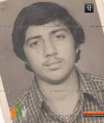 Bollywood Actors Childhood Pics - Indiatimes.com