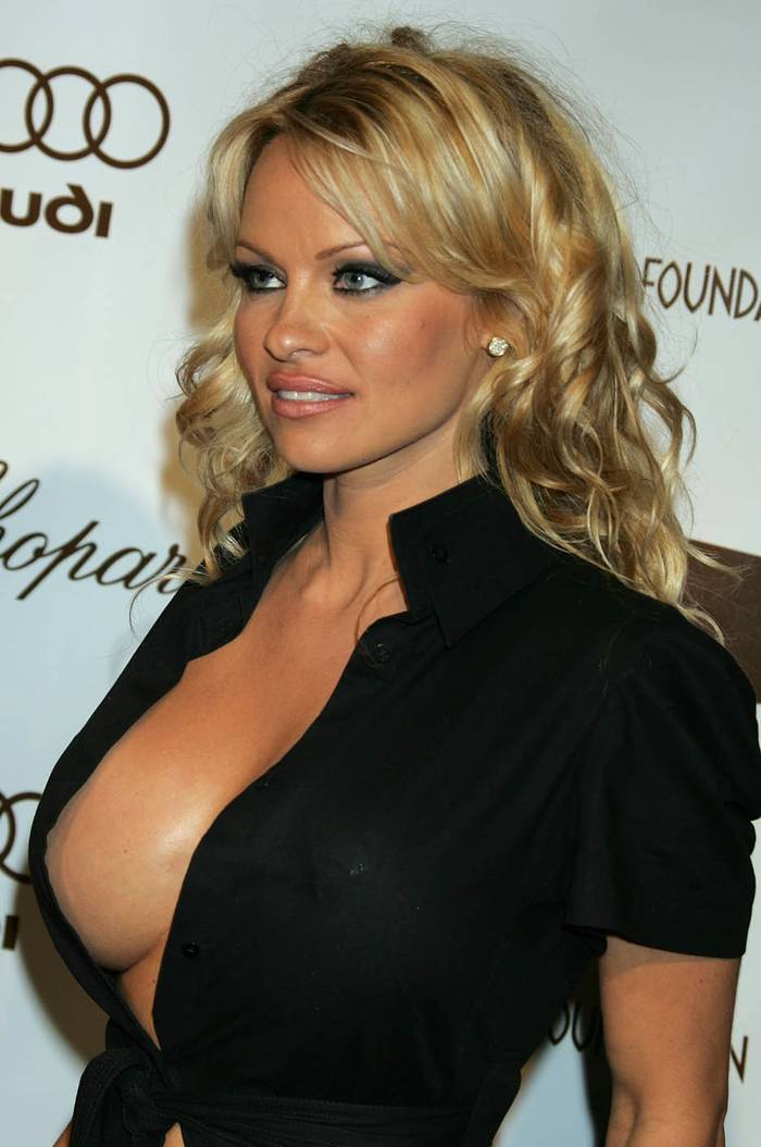 Pamela Anderson Now Photos Of Pamel...