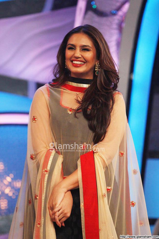 Hot And Sexy Huma Qureshi - Indiatimescom-6293