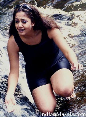 south actress jyothika hot unseen pics   indiatimes