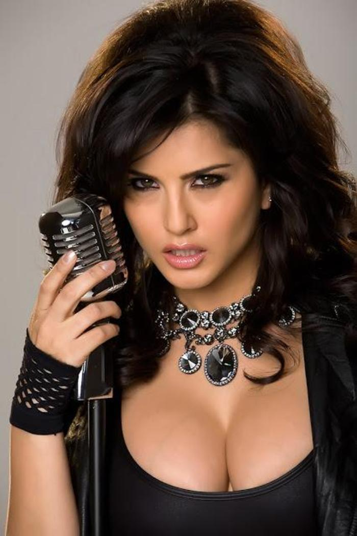 Sunny Leonee - Indiatimescom-7374