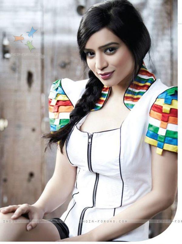 Sukirti Kandpal Hot Private Photos - Indiatimescom-2115
