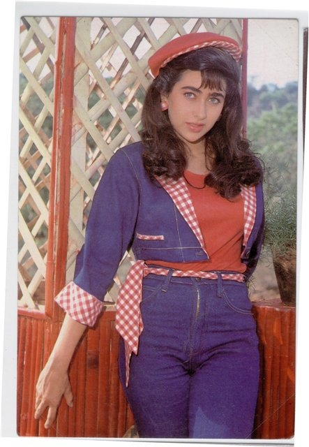 Karishma Kapoor Photos That You Would Have Never Seen - Indiatimescom-3958