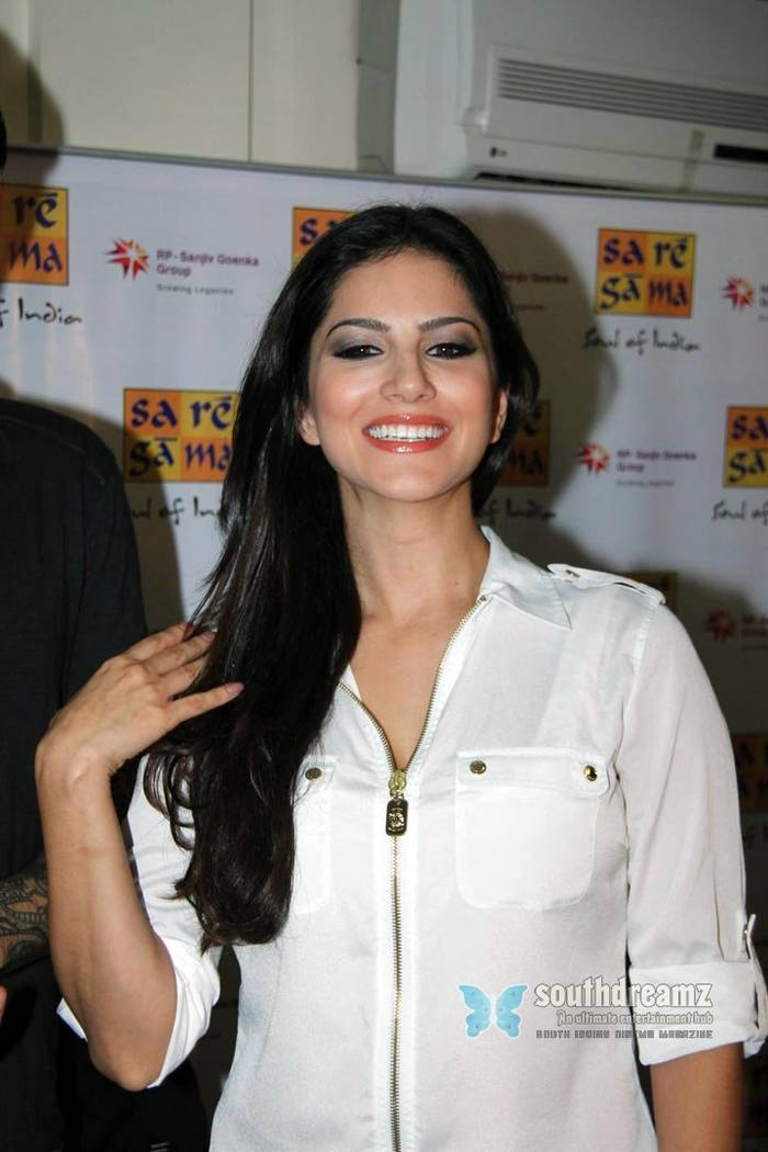 Sunny Leone - Indiatimescom-2474