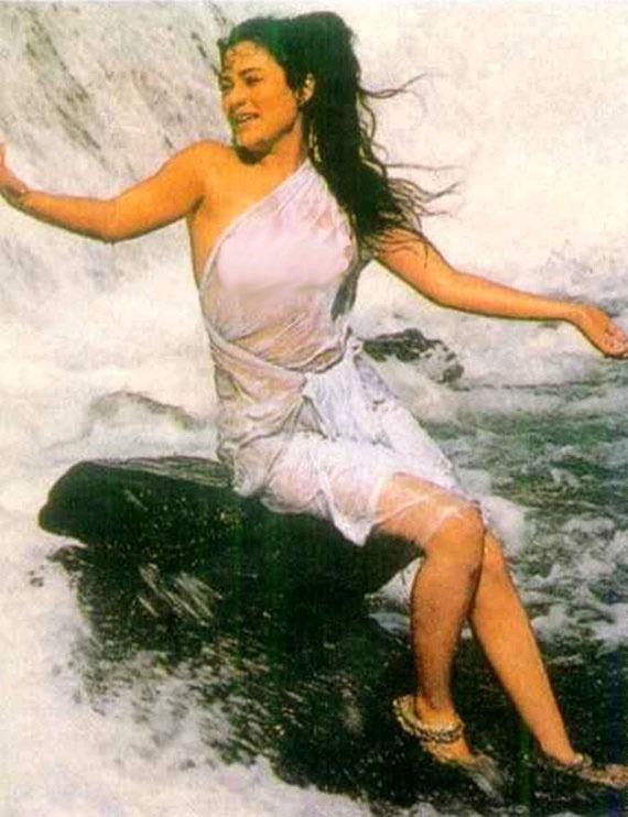 Aishwarya rai hot thai or legs photos
