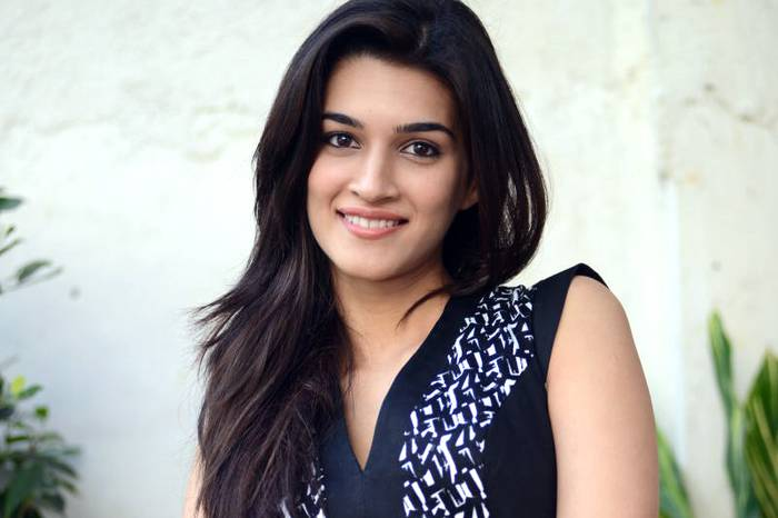 Kriti Sanon Hd Images And Wallpapers And Unknown Facts: Indiatimes.com