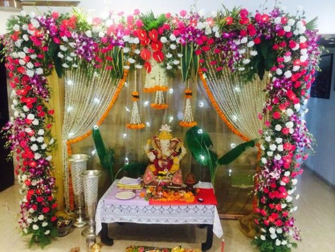 Bollywood celebrates ganesh chaturthi for Artificial flower decoration for ganpati
