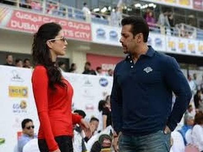 Sunny Leone - The Xxx Girl Supports Salman Khan - Kapil Sharma - Ccl 4-6185