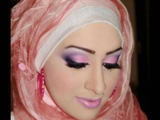 Worlds Top 10 Most Beautiful And Richest Muslim Women-5409