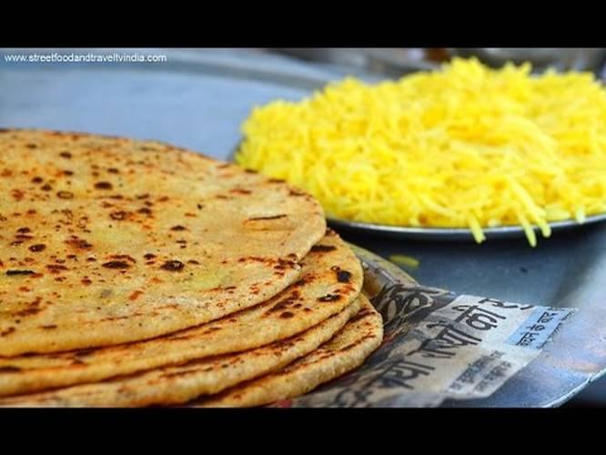 Aloo paratha indian street food haridwar uttarakhand indian food aloo paratha indian street food haridwar uttarakhand indian food cooking video 5 indiatimes forumfinder Choice Image