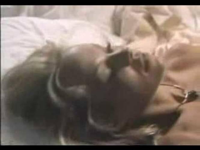 nude female wrestling clips