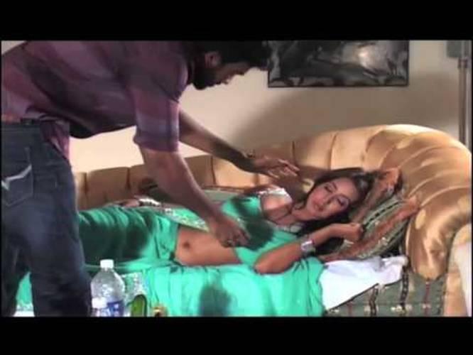 Kannada Heroine Sanjjanaa Sanjana Hot Bedroom Scene