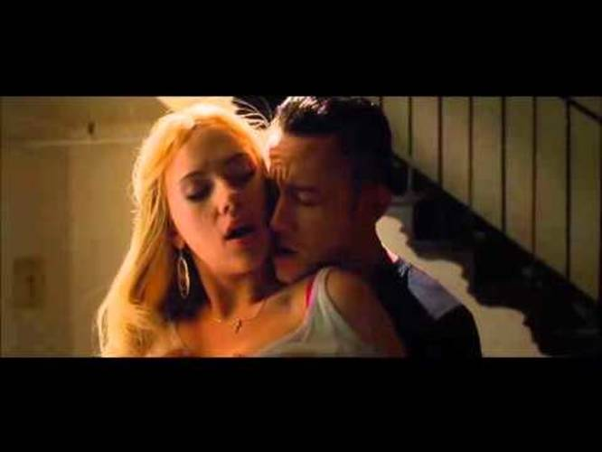Scarlett johansson sexy scene
