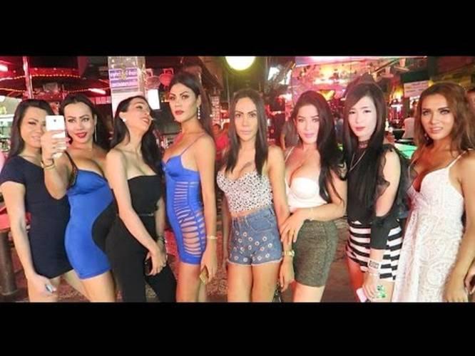 10 Ladyboys In Thailand On Pattaya Walking Street