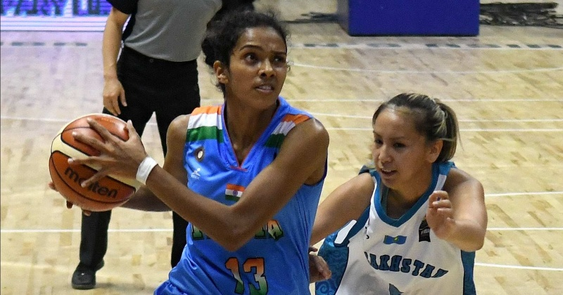 cup double winning womens basketball - 725×450
