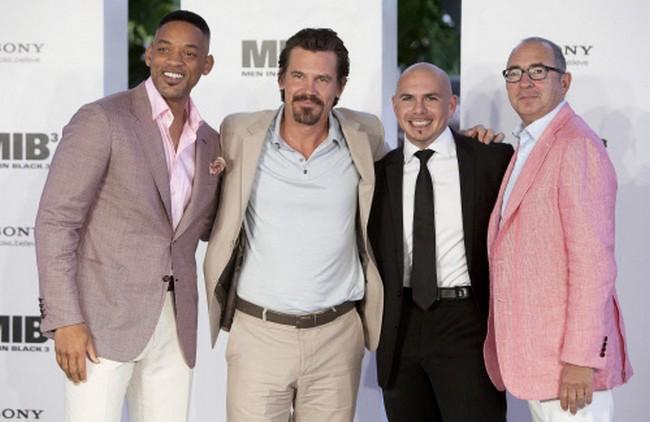 Will Smith, Josh Brolin, musician Pitbull and director Barry Sonnenfeld