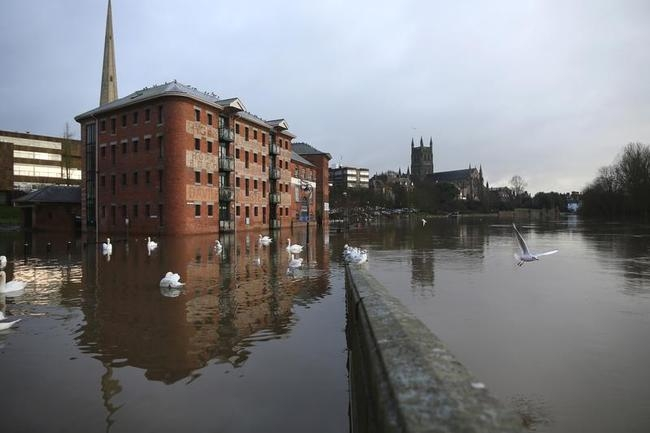 Worcestershire Braced For Further Flooding Across Christmas Period