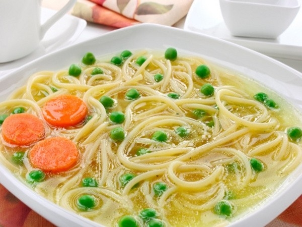 Whole Wheat Noodles with Vegetables and Egg White