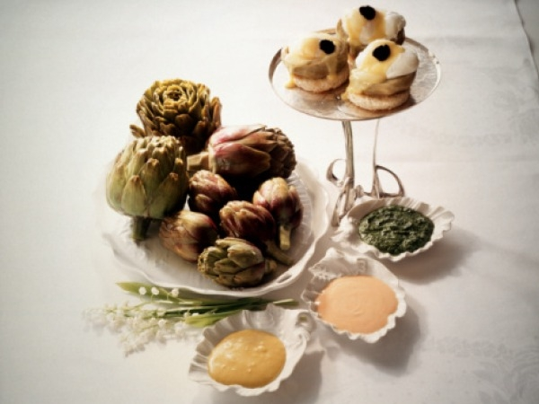 New Year's Party Snack Recipe # 1: Spinach & Brie topped artichoke hearts