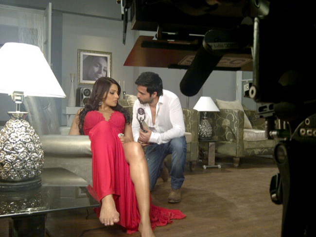 Bipasha Basu and Emraan Hashmi