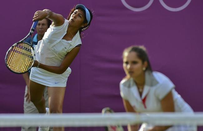 Sania-Rushmi bow out of Women