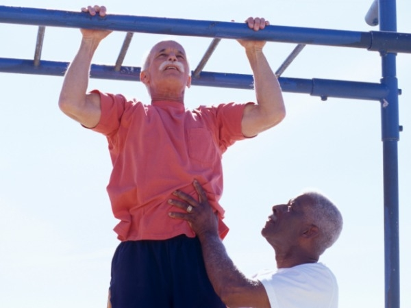 Pull ups or lateral pull downs: