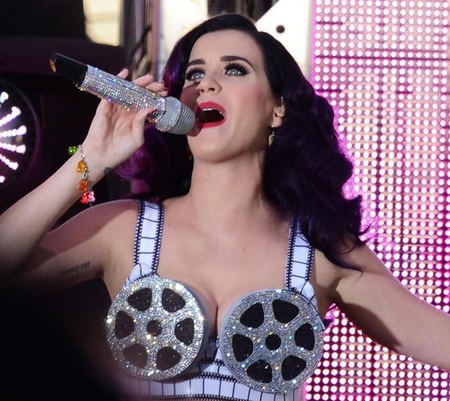 Katy Perry performs on Hollywood Blvd be