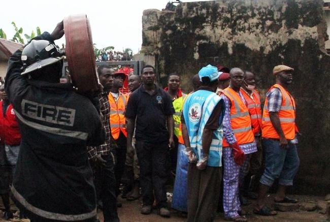 Nigeria begins recovery after deadly plane crash
