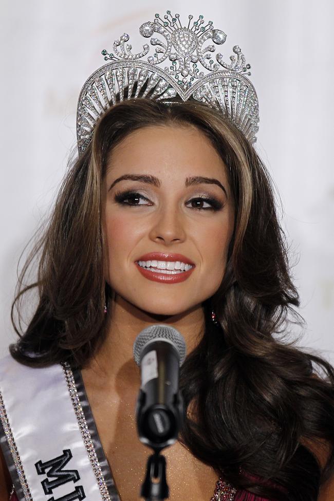 Olivia Culpo crowned Miss USA 2012