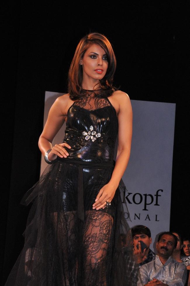 Deepti Gujral