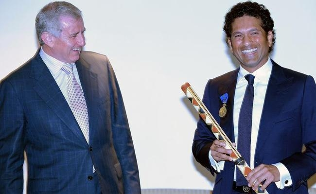 Sachin receives Order of Australia