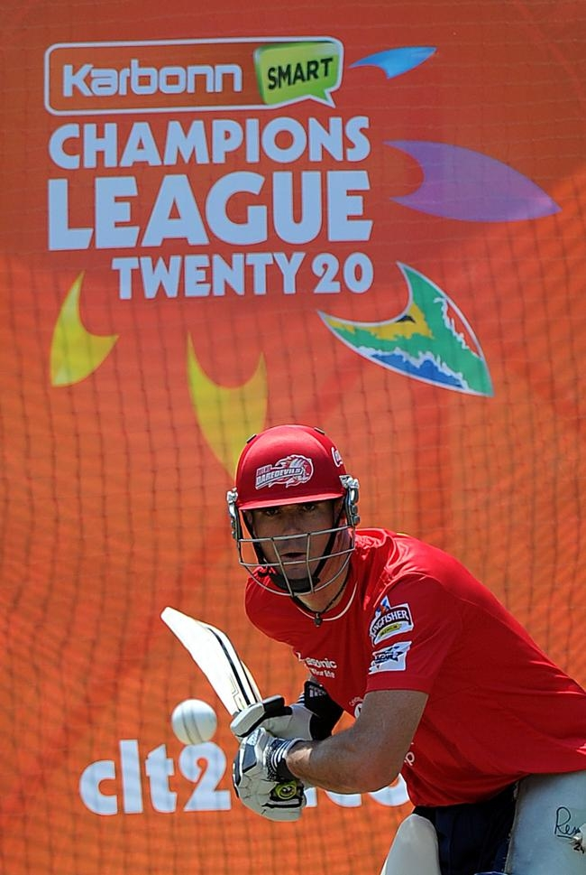 Sachin, KP & Co Grind for CLT20