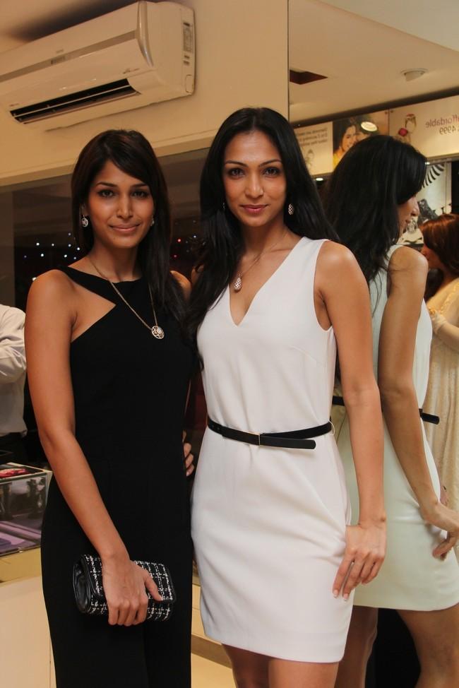 Mashoom Singha and Shamita Singha